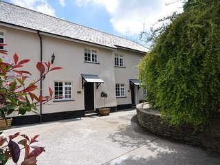 CORF8 Cottage in Barnstaple