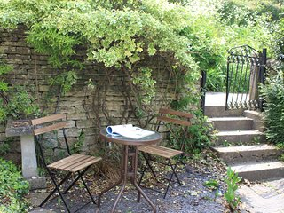 43698 Cottage in Stroud, Nailsworth