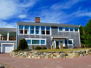 5 Minute Drive to Nauset Beach, Newly Updated Home