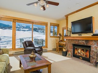 BEAUTIFUL SNOWMASS CLUB VILLA--GREAT VIEWS, LUXURY/SEE OUR EARLY SUMMER RATES, Snowmass Village