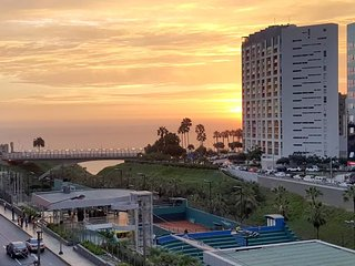 Delightful Ocean and Miraflores City Views