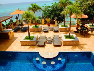 5 Bedroom Pool Villa with Ocean View and Private Beach, Boracay
