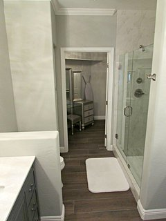 Fully upgraded bathroom with large walk in shower