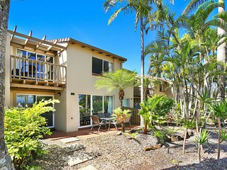 The Oasis Resort Villa 7, 2 Landsborough Pde