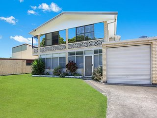 Taylor Ave 71, Unit 1, Golden Beach