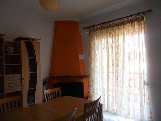 R65 Cozy apartment in Kriopigi.
