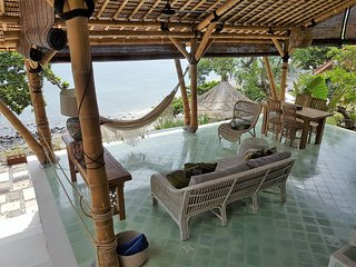 Villa Makara - Full Ocean View - Beach Front - Private Pool