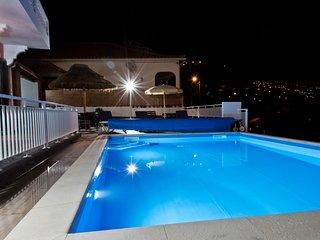 Dom Carlos - Paradise Sea View Villa