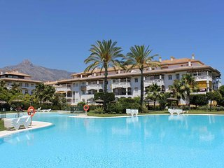 LA DAMA DE NOCHE - ideal location near Puerto Banus