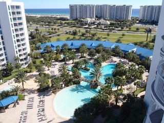 RENTING AUG - MAR  - 12TH FLOOR POOL SIDE CONDO W/GREAT VIEWS OF POOL & GULF