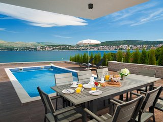 Luxury Villa Trogir I by the beach with outdoor & indoor pool, jacuzzi, gym