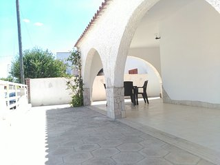 GIOVI-3: Appartamento 2-6 persone In Villa a pochi passi dal mare, Torre Lapillo