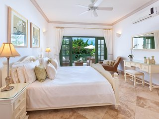 The Summer House, Sugar Hill Resort - Ideal for Couples and Families, Beautiful Pool and Beach, Saint James Parish