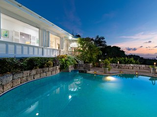 Hale Rose - Sandy Lane - Ideal for Couples and Families, Beautiful Pool and Beach, Saint James Parish