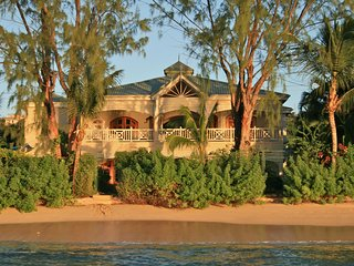 La Paloma - Ideal for Couples and Families, Beautiful Pool and Beach, Saint James Parish