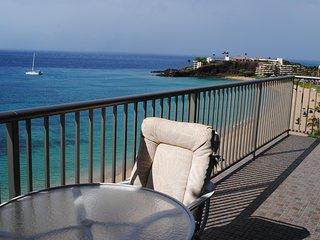 Luxurious Ocean Front 2BR/2BA - #1052 - Ka'anapali Beach