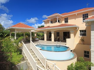 Tara - Ideal for Couples and Families, Beautiful Pool and Beach, Holetown