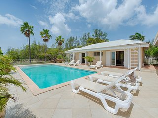Madras - Ideal for Couples and Families, Beautiful Pool and Beach, Terres Basses