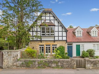 Pretty Cottage in Headington