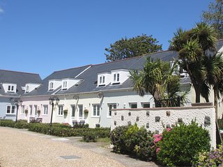The Ellingham Cottages - Beautiful Guernsey self-catering holiday