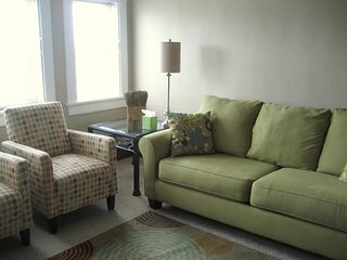 BEAUTIFUL FULLY FURNISHED CLEAN LARGE UPPER APARTMENT