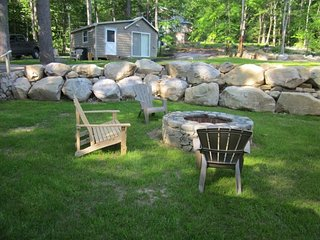 Three cabins w/ lake views, firepit - walk to Sebago Lake Basin beach & moorings