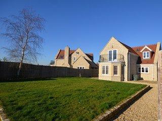 48274 House in Glastonbury
