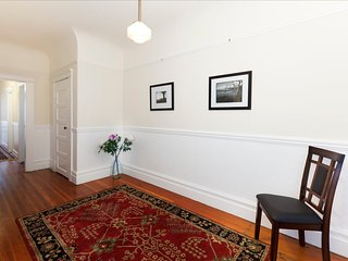 Large Mission Dolores Flat in Classic Victorian, São Francisco