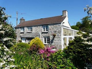 STONY Cottage in Fowey