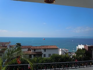 Amazing Ocean View, Close to Beach & Nightlife, Spacious, Stylish, Great Value, Puerto Vallarta