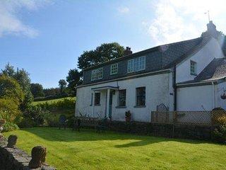 40605 House in Llandeilo, Cwmdu