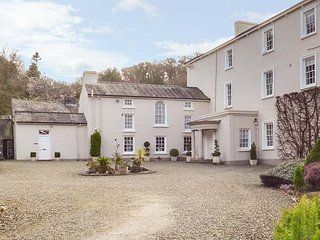 RHYDLANDGOED, fantastic gardens,character features, countryside views in, Stepaside