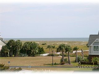 Oceanview, Luxurious, Spa-Like Paradise! Top Floor! Breathtaking! Pool & Jacuzzi, Carolina Beach