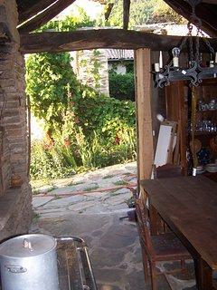 la cuisine ouverte sur la cour