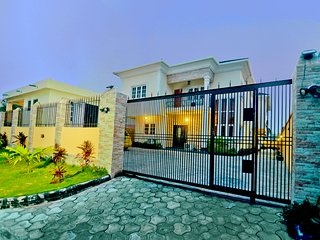 4 bedroom holiday home in VGC, Lagos