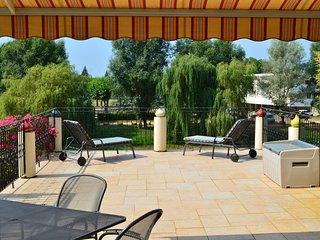 Spacious Dordogne Town House Rental in Le Bugue