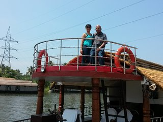 KV houseboats Alleppey to Kumarakom