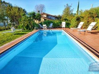 Villa in Latium : Rieti Area Oliveti