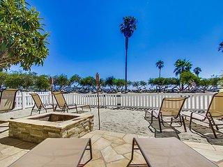 VILLA MISSION BEACH - SPECTACULAR BEACHFRONT HOME, San Diego