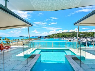 Pavillions Penthouse 25 - 4 Bedroom Luxury Ocean View Hamilton Island