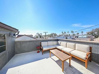 Modern Luxury House - Large Roof Top Deck, Restaurants, Beach Close, Corona del Mar