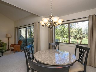 Overlooking Pool, Tennis Courts and Golf Course, 1 Bedroom, Sleeps 4