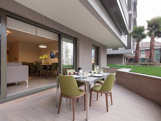 2BR FAMILY APARTMENT W PRIVATE TERRACE, Istanbul
