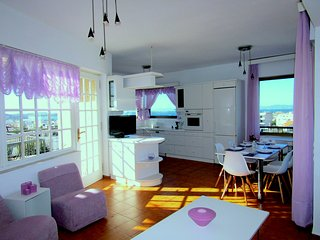 Stunning 360° Sea View Luxury  Apart 3 bedrooms,2 bathrooms, sleeps 6 persons, Voula