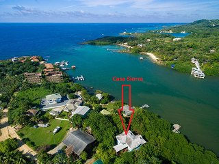 Casa Sierra Roatan Boutique Vacation Rentals, West End