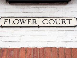 2 Flower Court