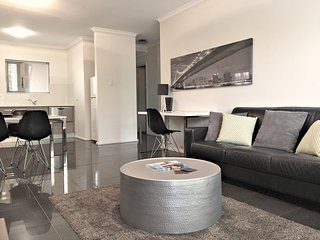 1 BR Apartment - Archer St, North Adelaide - 2
