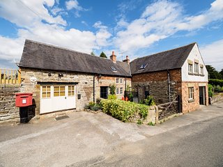 PK927 Cottage in Hognaston