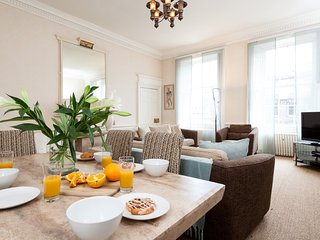 29399 Apartment in City Centre, Edimburgo