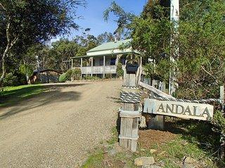 Tasmania, Bruny Island Waterfront Holiday Rental, Alonnah